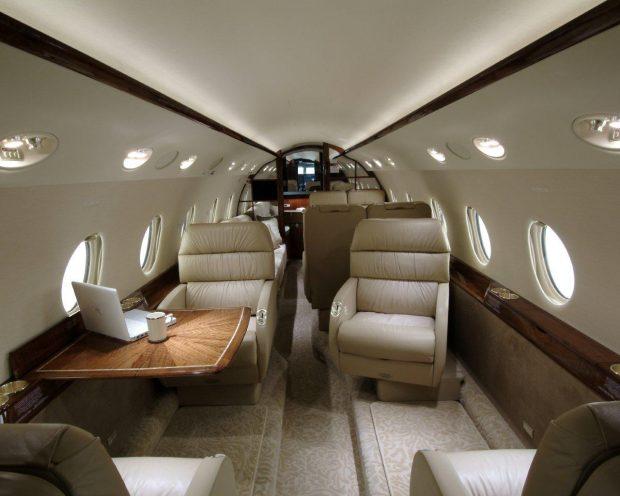 Josep Pujol viajó a Ibiza en un jet privado de 2o millones de euros