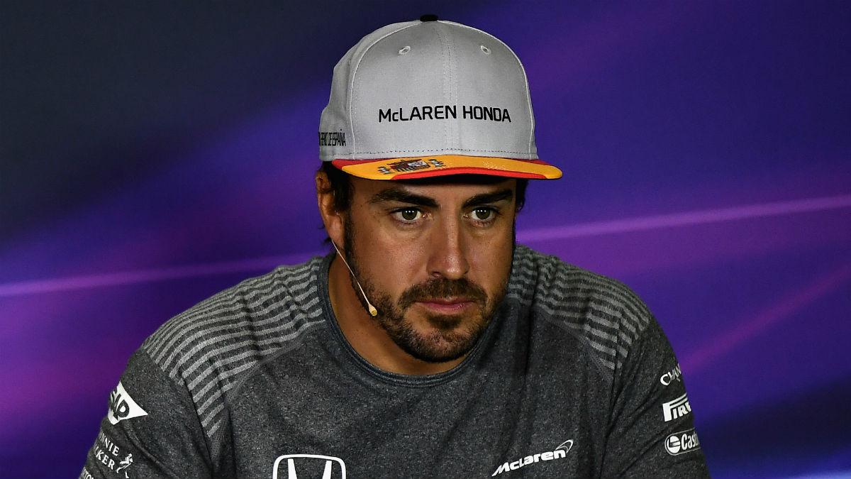 Desde McLaren saben perfectamente que la renovación de Alonso es muy complicada si no mejoran sustancialmente su rendimiento. (Getty)