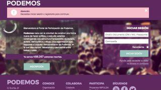 Campaña de captación de militantes de Podemos.