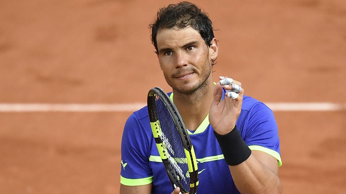 Rafa Nadal celebra un punto en Roland Garros. (AFP)