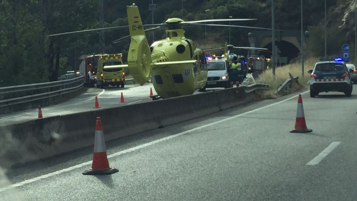 Trabajos tras el accidente en La Garriga (Foto: PC La Garriga)