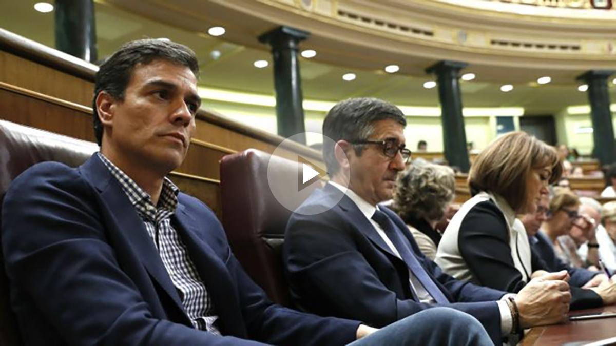 Pedro Sánchez y Patxi López, el pasado octubre en el Congreso de los Diputados. (Foto: EFE)