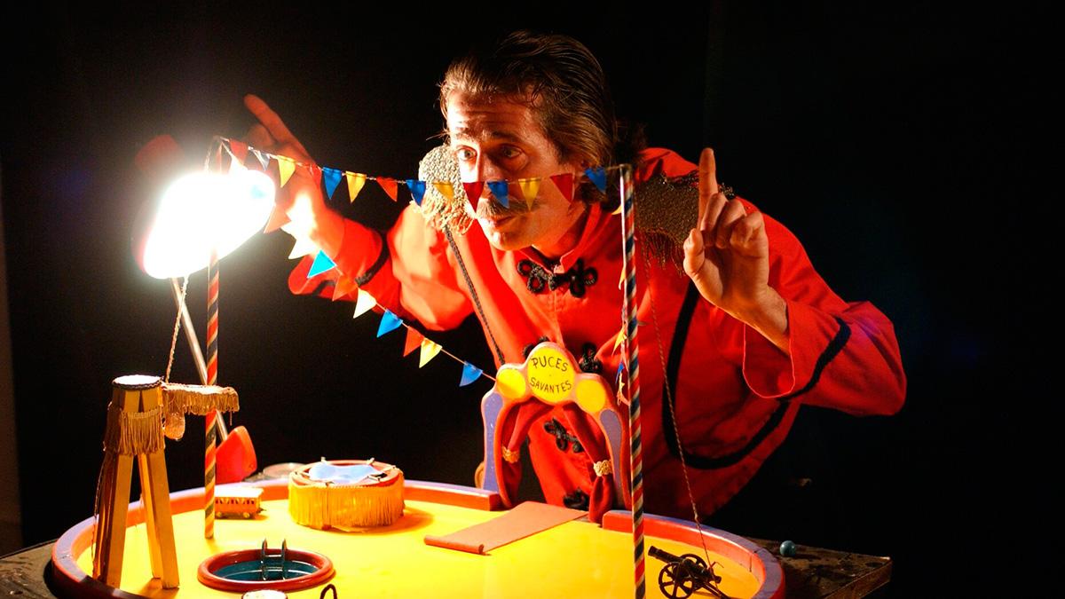 El Circo de las pulgas. Foto: Tititirmundi)