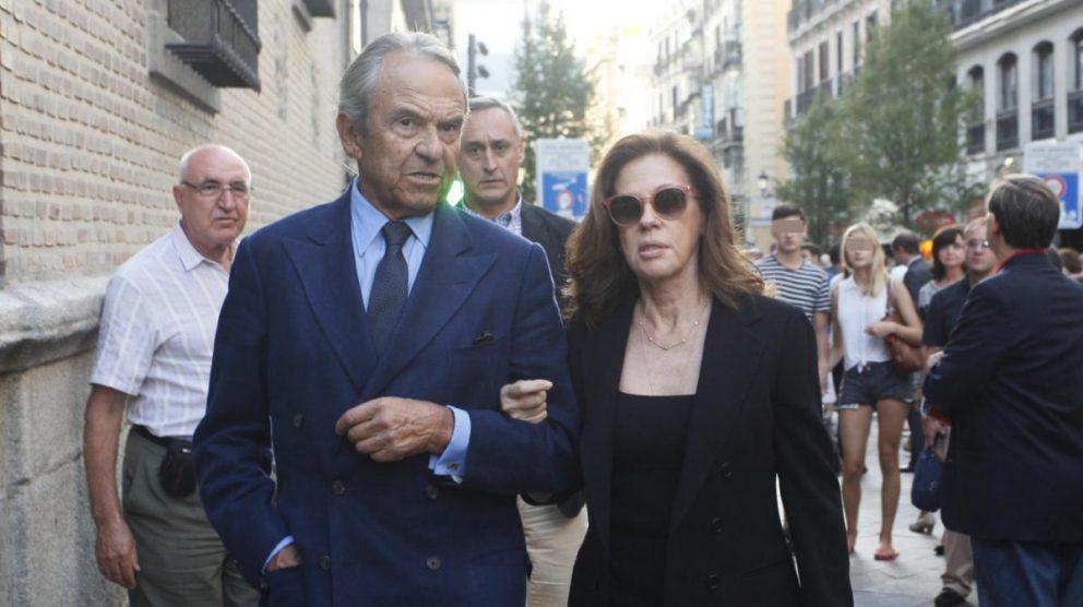 El banquero Jaime Botín en el funeral de Isidoro Álvarez.