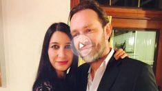 Xavier Thomas, fallecido durante el atentado, junto a su novia Christine Delcros, que se encuentra en estado grave.