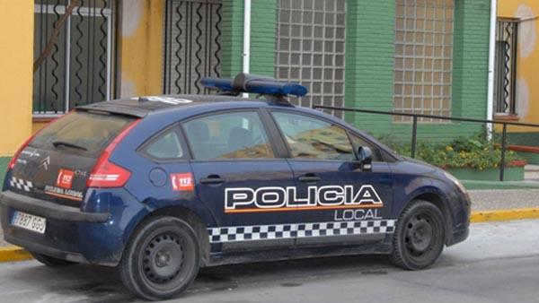 Detenida una mujer por alegrarse en internet de la muerte de un policía en La Línea