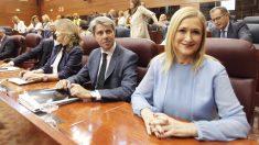 Ángel Garrido junto a Cifuentes en la Asamblea de Madrid. (Foto: Francisco Toledo)