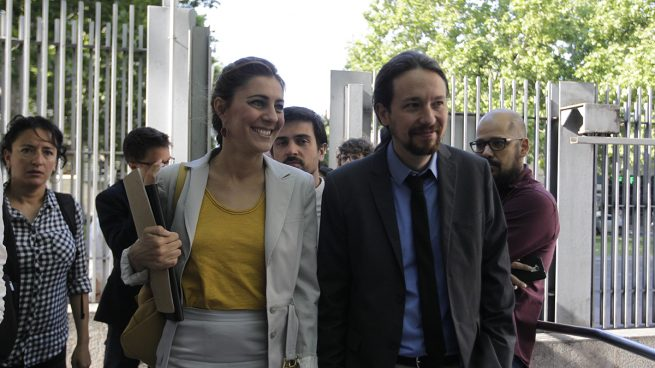 Lorea Ruiz-Huertas y Pablo Iglesias