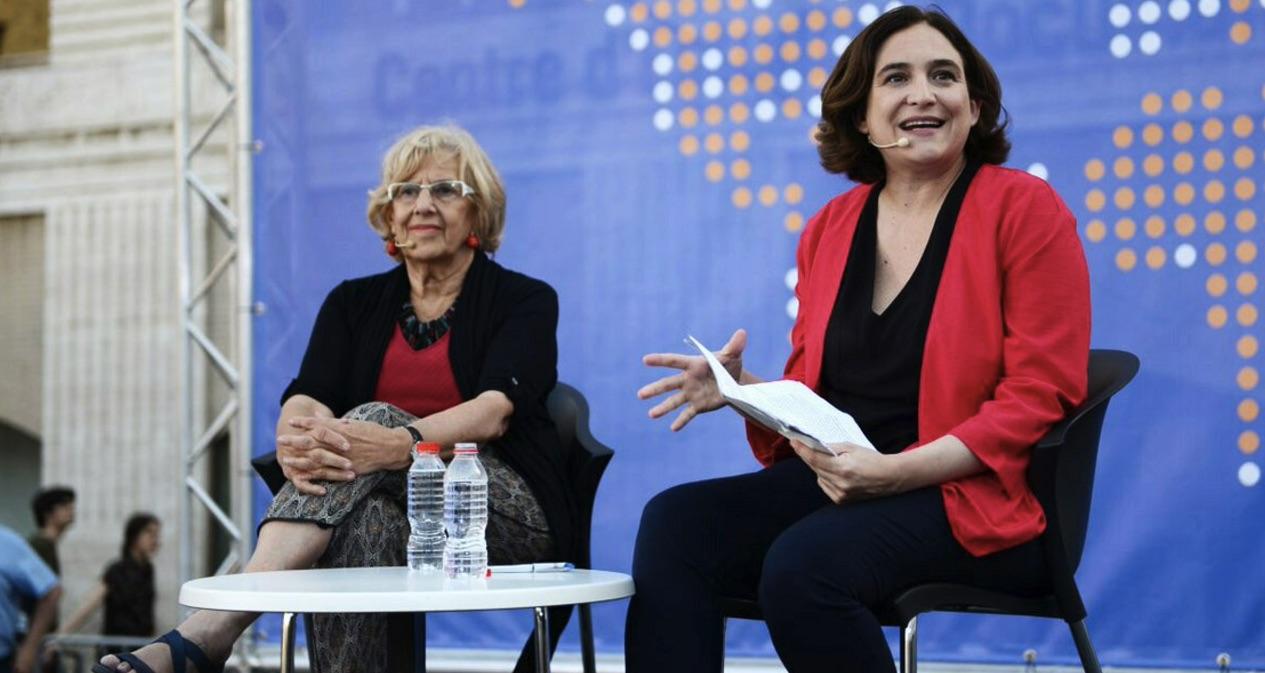 Las alcaldesas de Madrid y Barcelona en la Ciudad Condal. (Foto: TW)