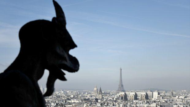Vistas de París desde lo alto de la catedral de Notre Dame