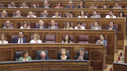 Bancada de Podemos. (Foto: FRANCISCO TOLEDO)