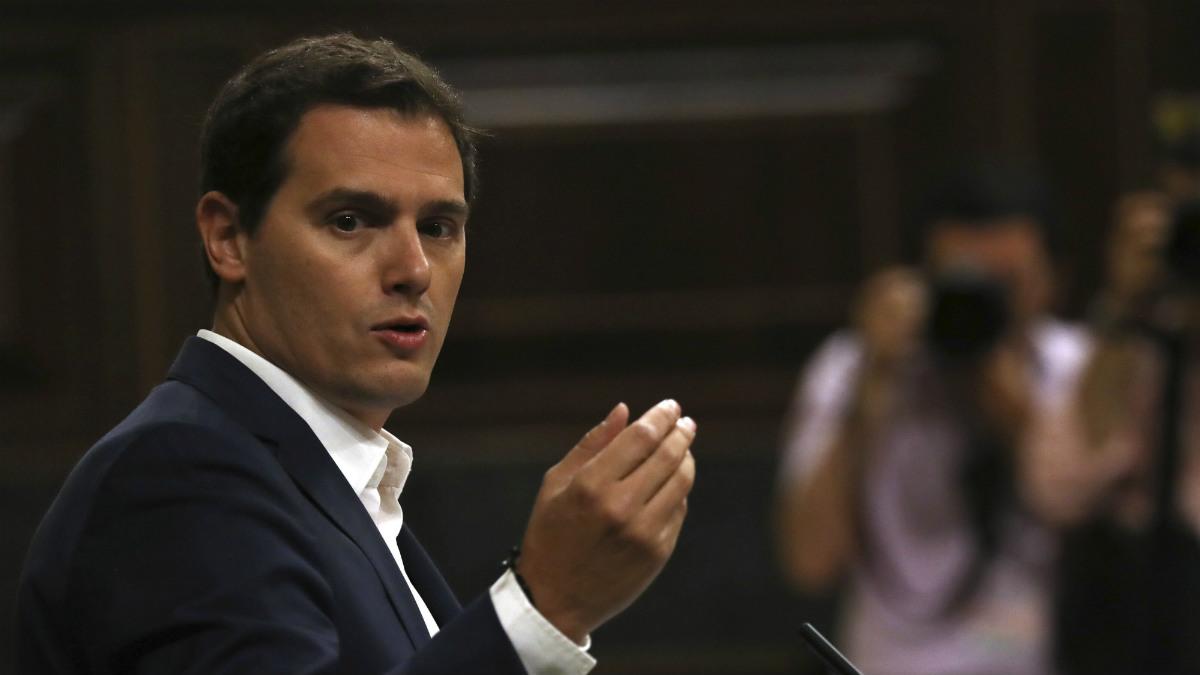 Albert Rivera en la moción de censura a Mariano Rajoy (EFE)