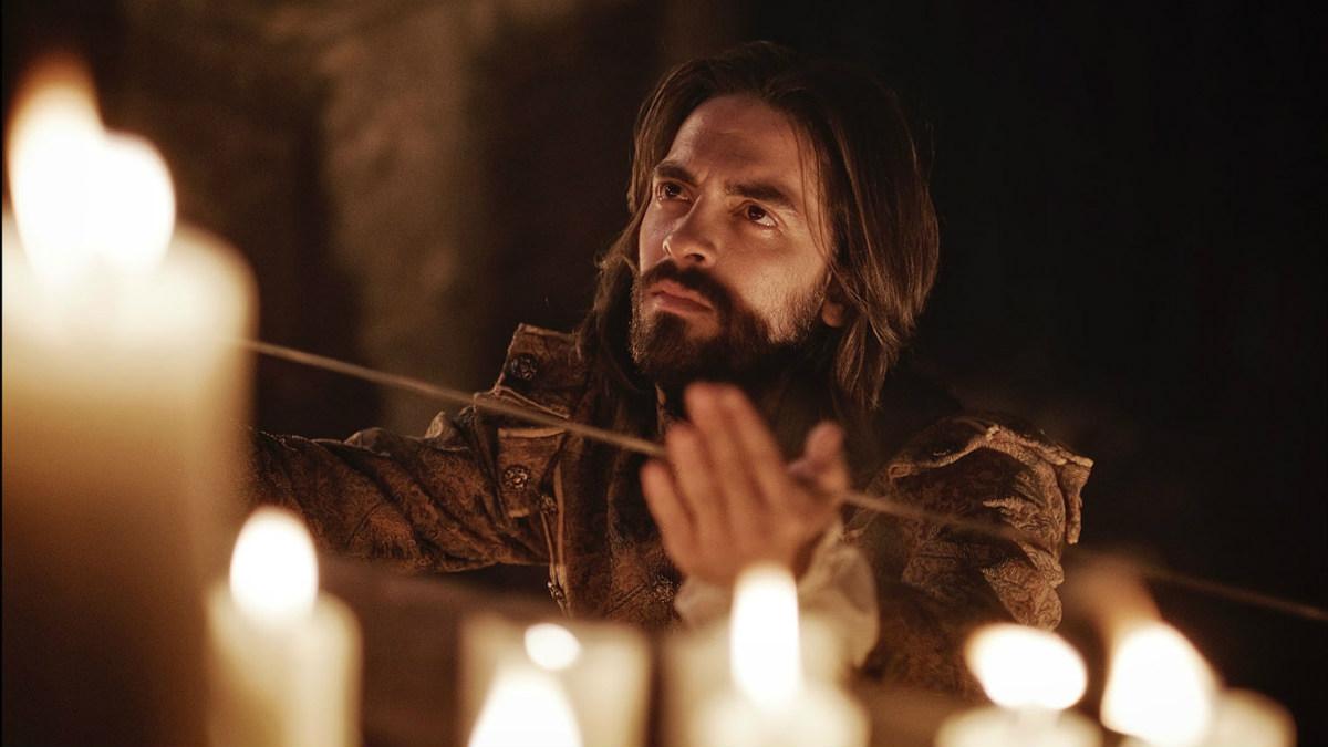 Andreas Muñoz, en el papel de san Ignacio de Loyola.