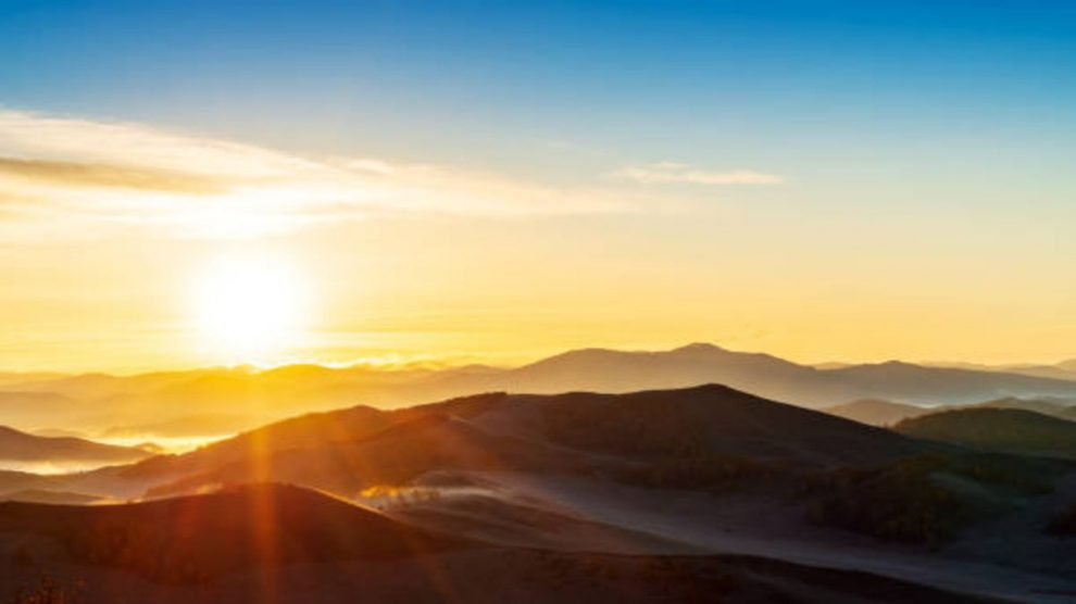 Descubre por donde sale el sol realmente