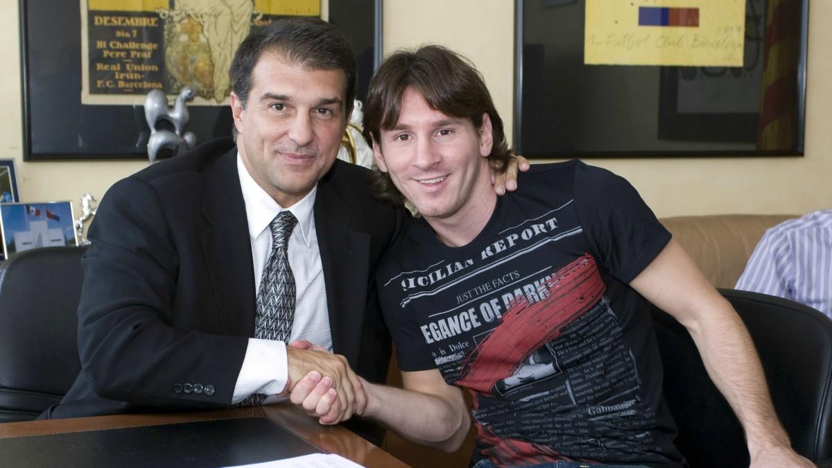 Messi y Laporta, en una imagen de archivo. (AFP)