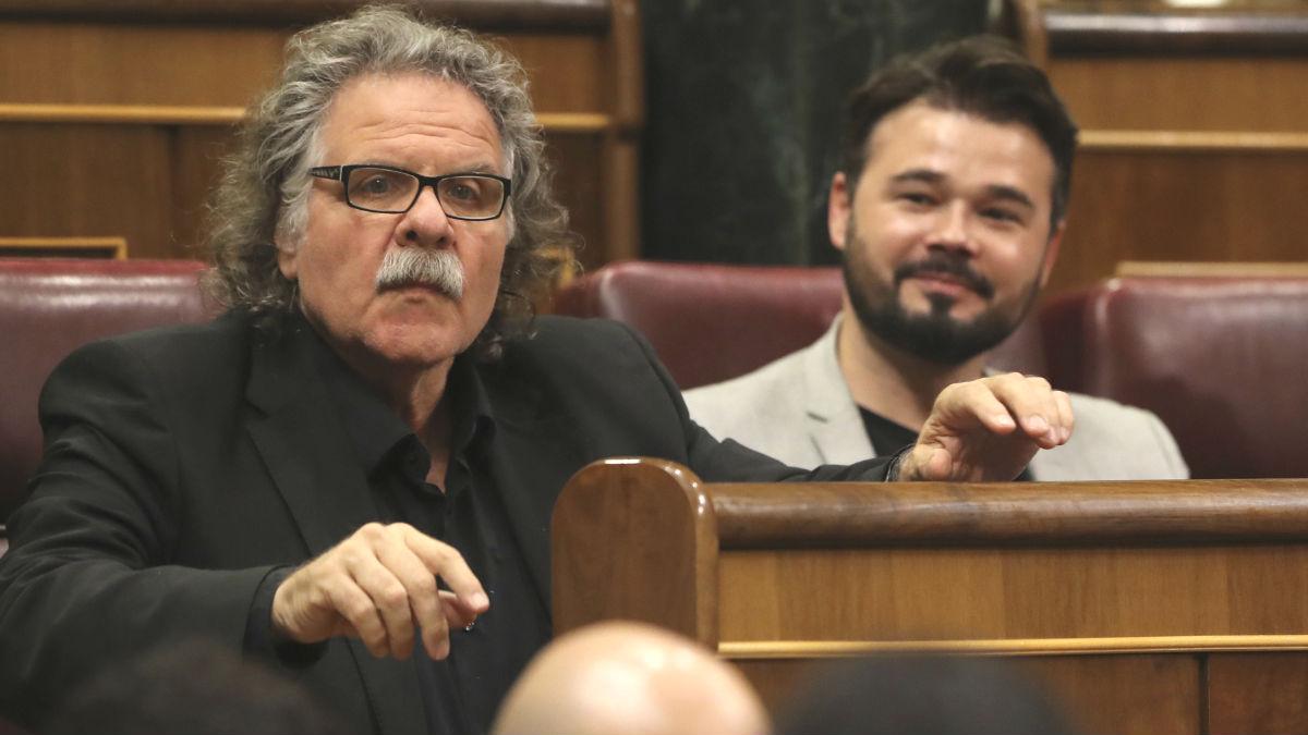 Los portavoces de ERC Joan Tardà y Gabriel Rufián. (Foto: EFE)