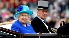 La Reina Isabel II y el Duque de Edinburgo llegando a la inauguración de Ascot.  (Foto: Getty)