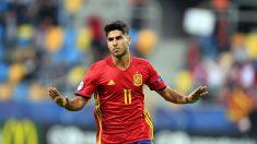 Marco Asensio celebra su primer gol ante Macedonia. (AFP)