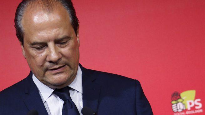 Dimite Cabadélis como primer secretario del PS tras la debacle del socialismo en Francia