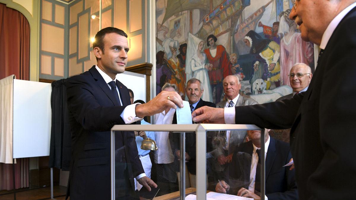 Macron votando este domingo (Foto: AFP).