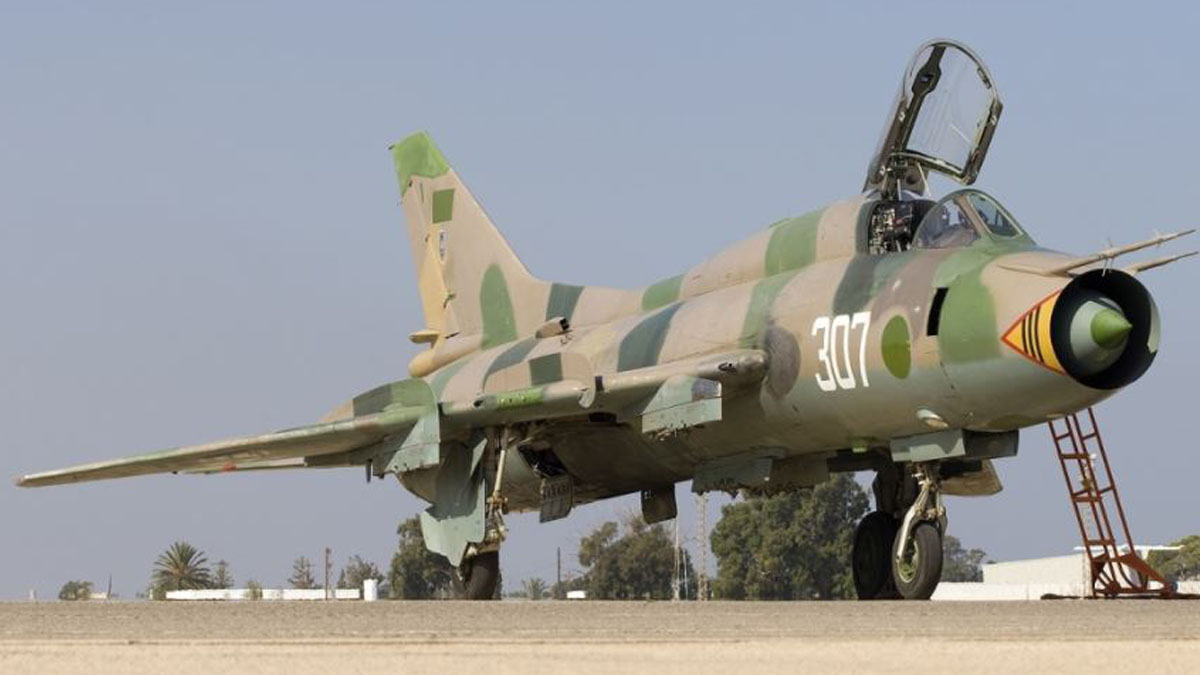 Avión Su-22 como el que habría sido derribado en Siria.