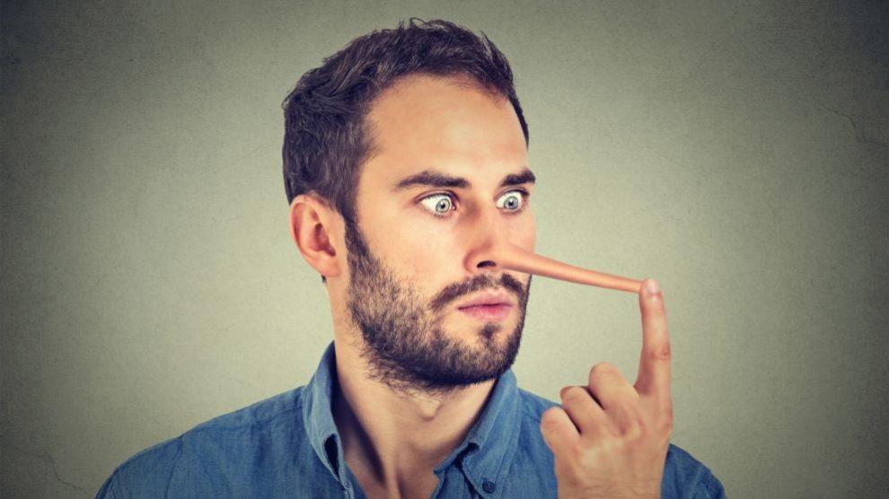 Cómo detectar una mentira en 7 pasos