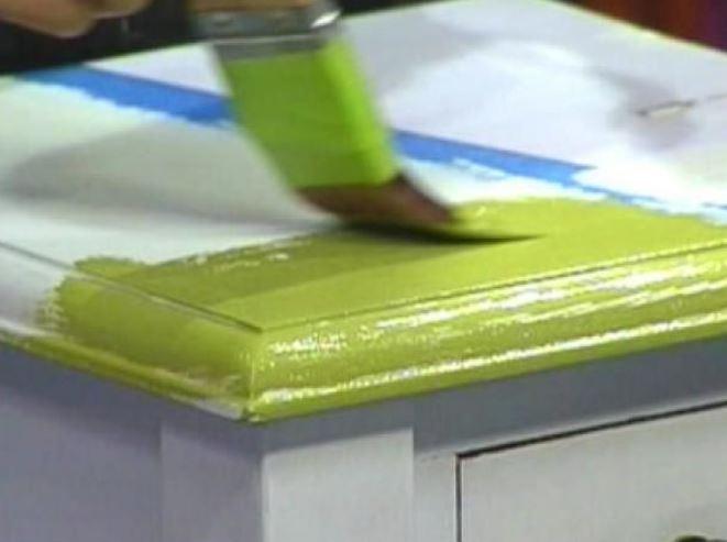 Cómo pintar con pintura acrílica cualquier superficie
