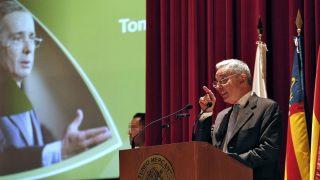 El ex presidente colombiano Álvaro Uribe en su conferencia en Valencia. (EFE)