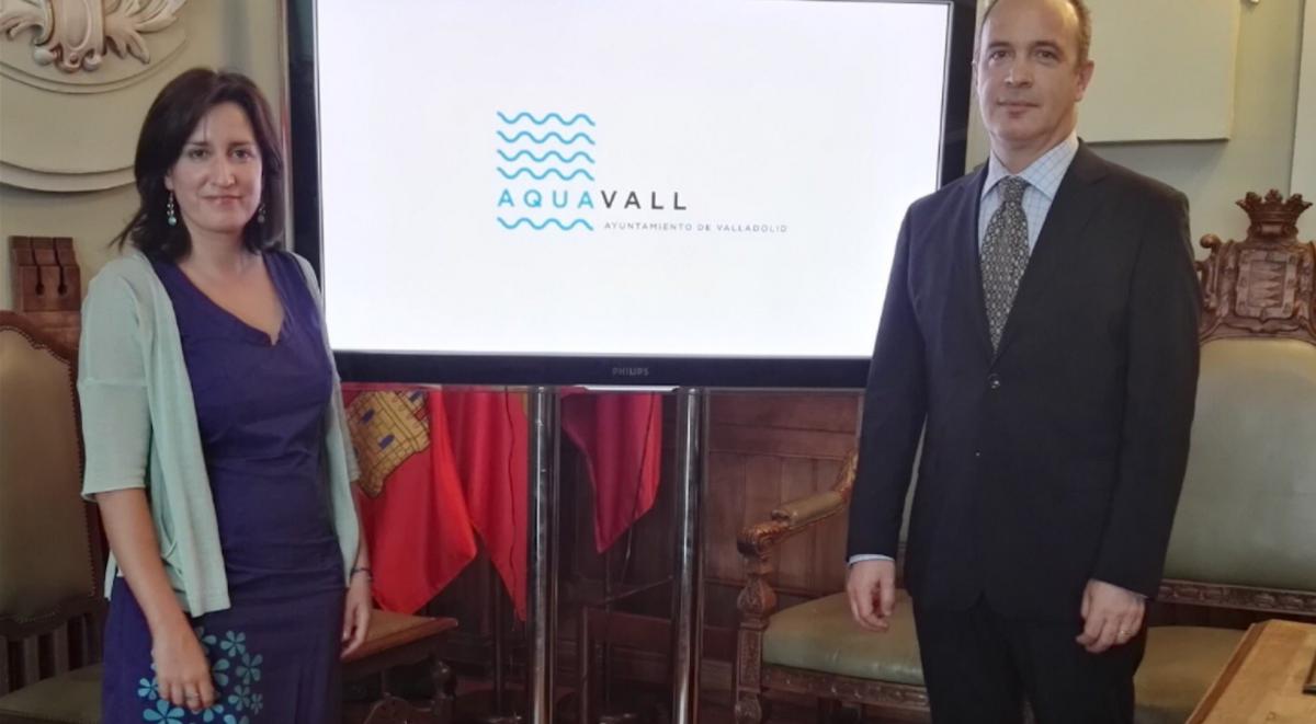 Pedro Luís Arroyo, gerente de AquaVall  y María Sánchez, concejal de MEdio Ambiente. (Foto. Twitter)