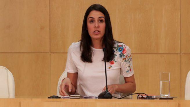 """Carmena se esconde detrás de Maestre para explicar que """"no puede compartir"""" la decisión del juez"""