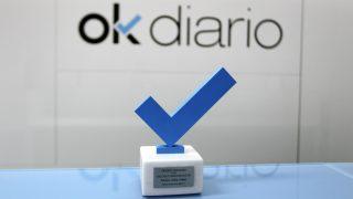 Premio OKDIARIO a los Valores Democráticos, concedido al presidente Álvaro Uribe.