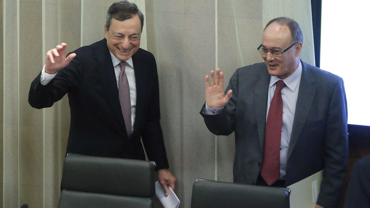 El presidente del BCE, Mario Draghi, y el gobernador del Banco de España, Luis María Linde. (Foto: EFE)