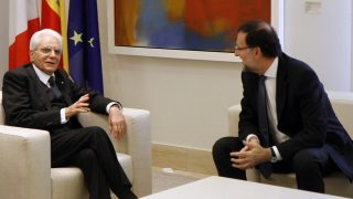 Mariano Rajoy recibe al presidente de la República Italiana, Sergio Mattarella. (Foto: La Moncloa)