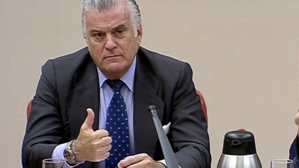 Luis Bárcenas en su comparecencia en la comisión de investigación sobre la financiación ilegal del PP.