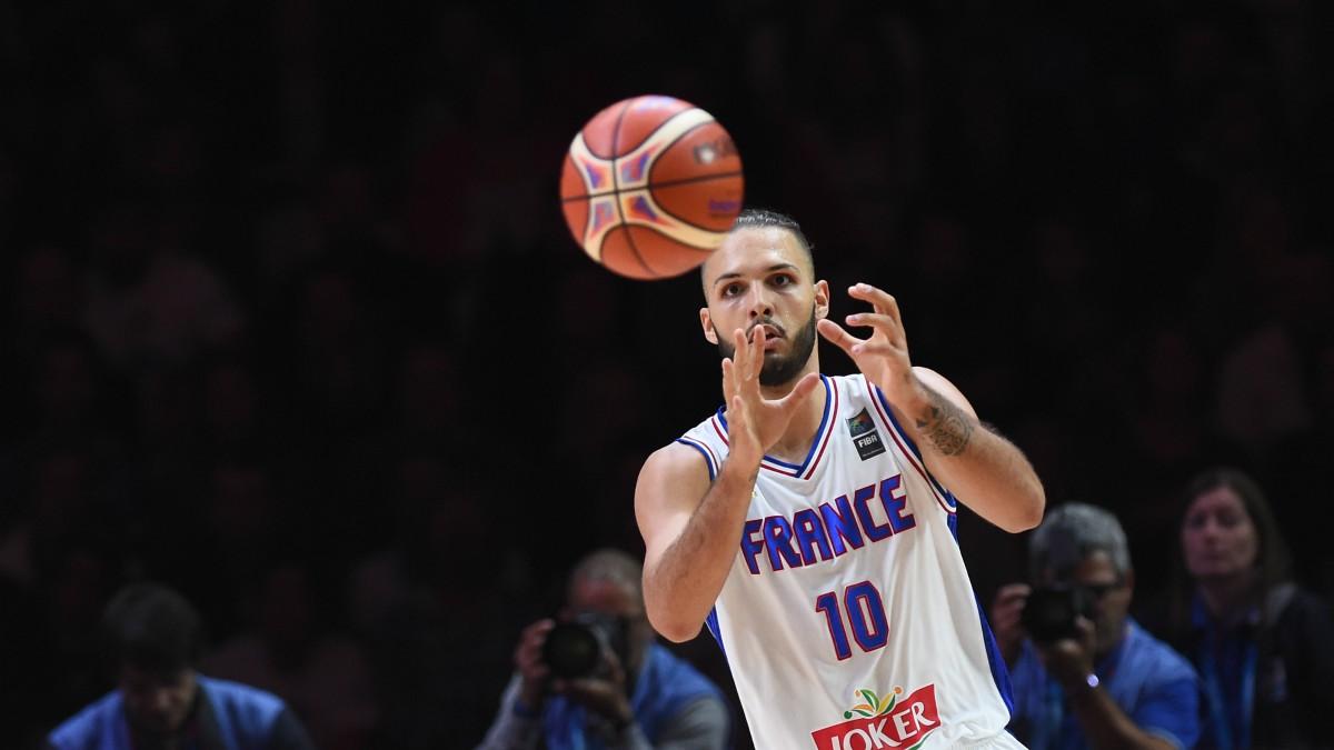 Evan Fournier, en un partido con Francia. (AFP)