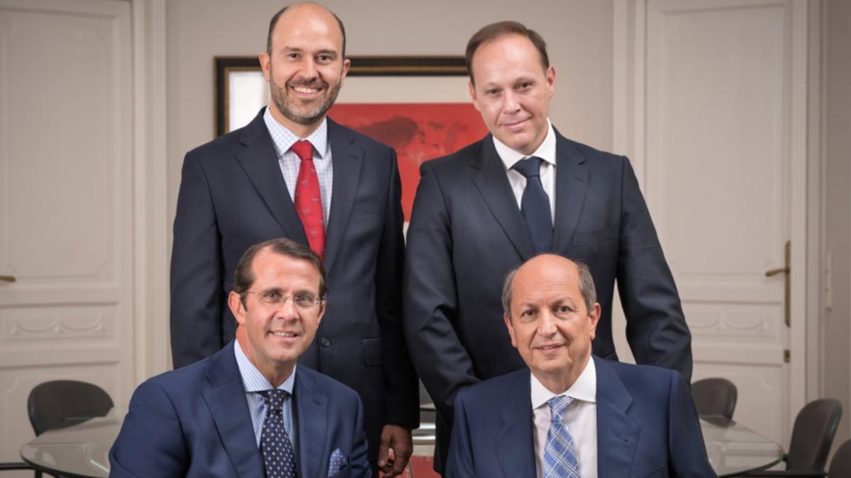 Equipo de BPM Executive Search (de arriba abajo y de izquierda a derecha)  César Sánchez, Jaime Scott, Tony Reinders y Mena Benatar (Foto:BPM)