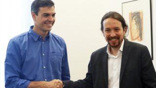 Pedro Sánchez y Pablo Iglesias. (Foto: EFE)