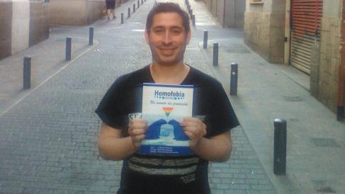 J.Nicolás Ferrando, autor de «Homofobia Seguros. Un mundo sin protección»
