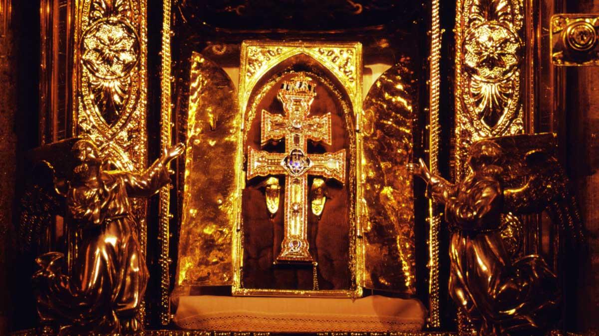 Resultado de imagen de Santísima y Vera Cruz de Caravaca.