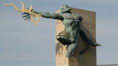 Escultura que muestra el sacrificio que hizo Prometeo