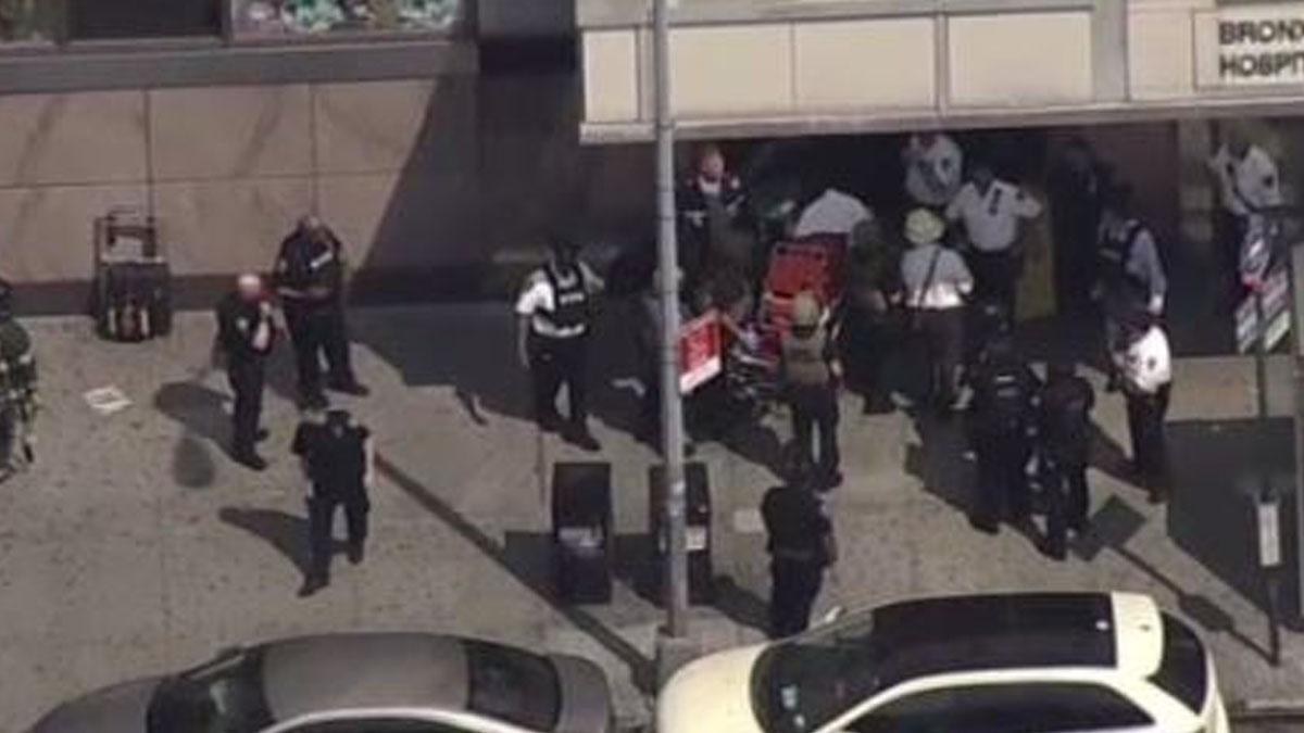 Policía en el hospital de Bronx-Lebanon