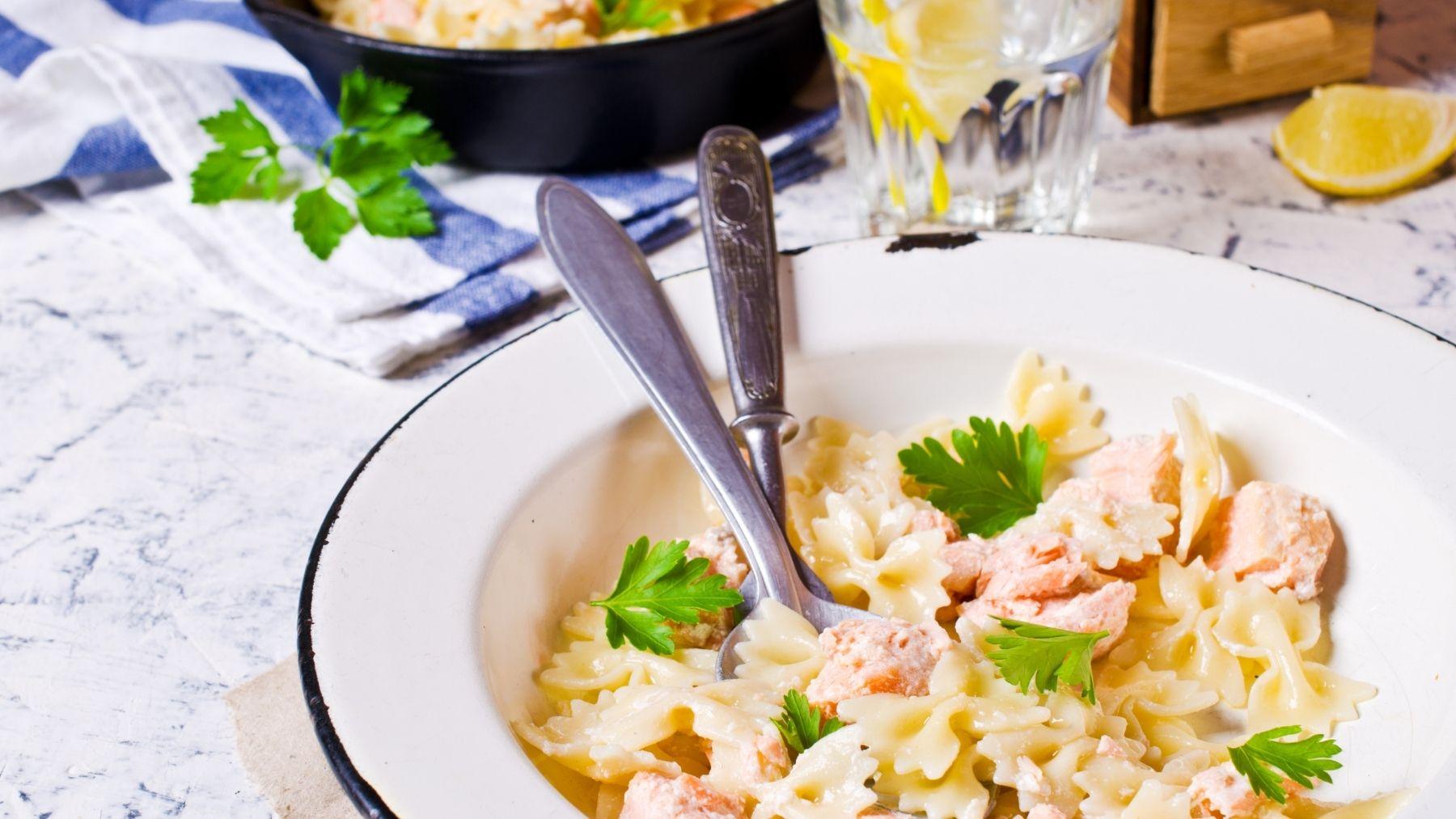 Receta de espaguetis con salmón ahumado