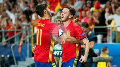 Asensio y Saúl celebran uno de los goles en las semifinales frente a Italia (Getty).