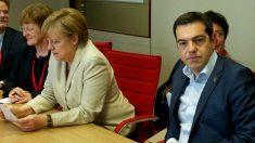 Angela Merkel junto a alexis Tsipras.