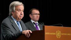 El secretario de la ONU, Antonio Guterres, y el enviado para Chipre, Espen Barth Eide, en Crans Montana (Suiza). (AFP)