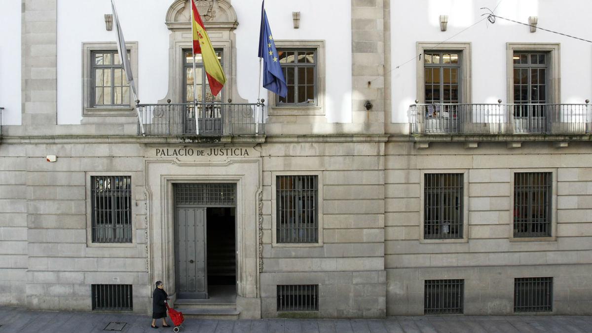 Fachada de la Audiencia Provincial de Pontevedra.