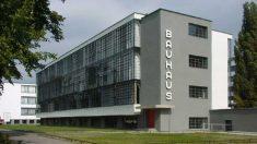 La escuela Bauhaus se puede visitar en Dessau, Alemania