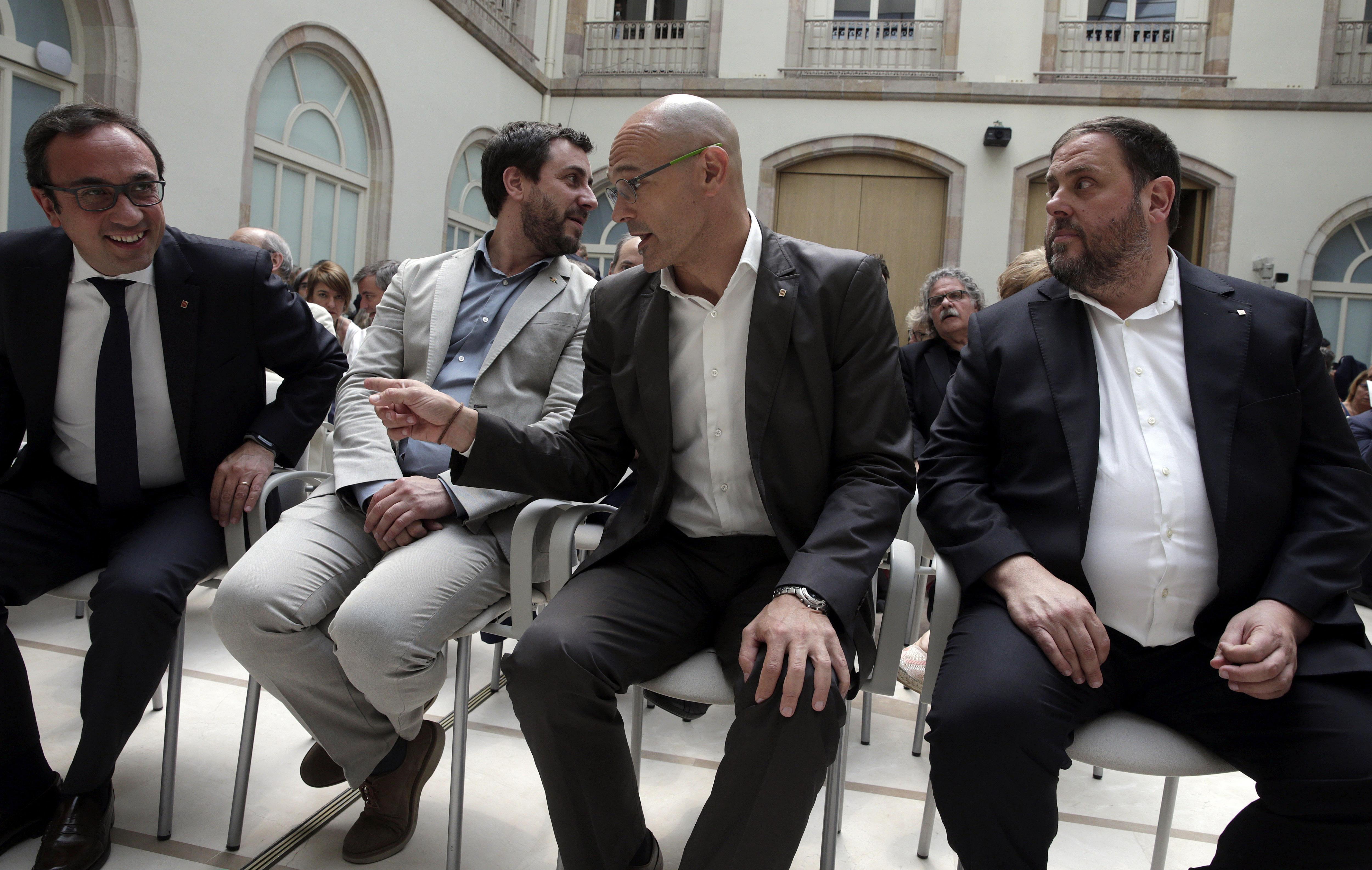 Varios ex consellers de la Generalitat de Cataluña.