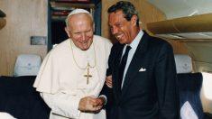 Joaquín Navarro-Valls con el Papa Juan Pablo II.