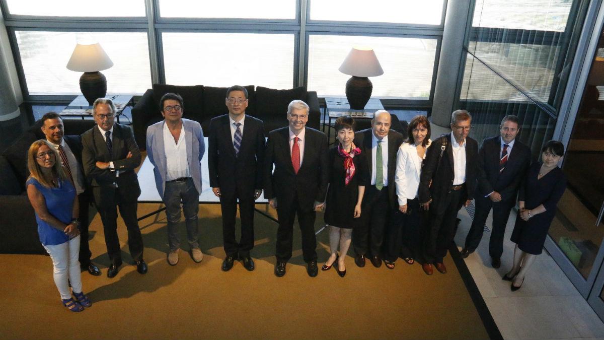 El Consorci de la Zona Franca de Barcelona y la Zona Franca de Shanghái firman un convenio para colaborar juntas (Foto: Consorci)